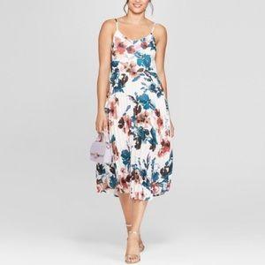 Pleated floral midi/maxi dress
